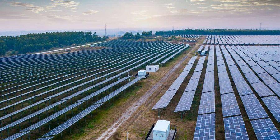 Commercial-solar-panel-min