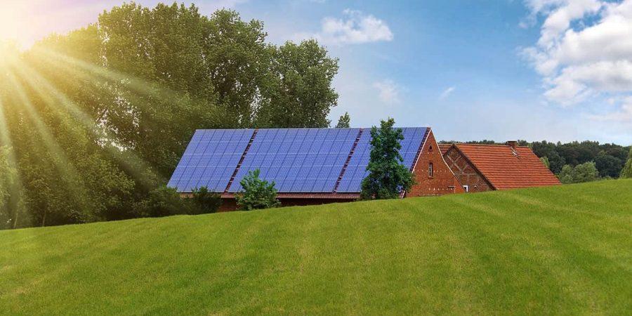 house-solar-panels-landscape-offgrid