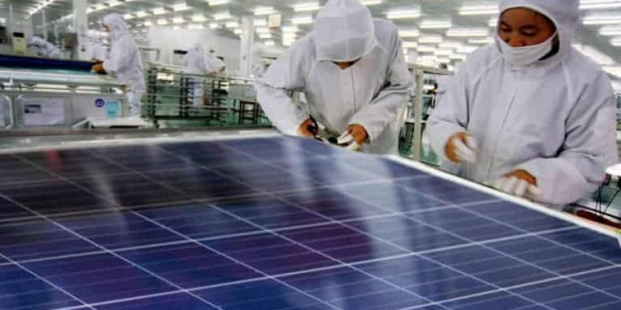 manufacture-photovoltaic-cells-of-solar-panels-768x502